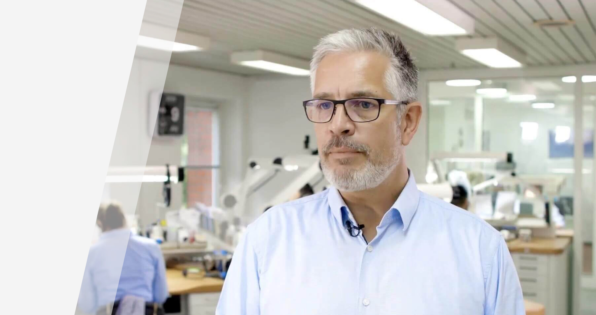 Zahntechniker und Geschäftsführer eines Dentallabors Frank Rauschelbach über die DELABO.GROUP